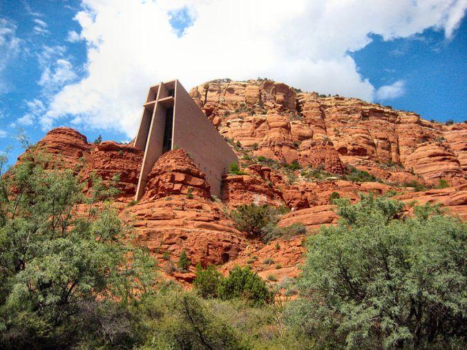 800px-Chapel_of_the_Holy_Cross_2C_Sedona