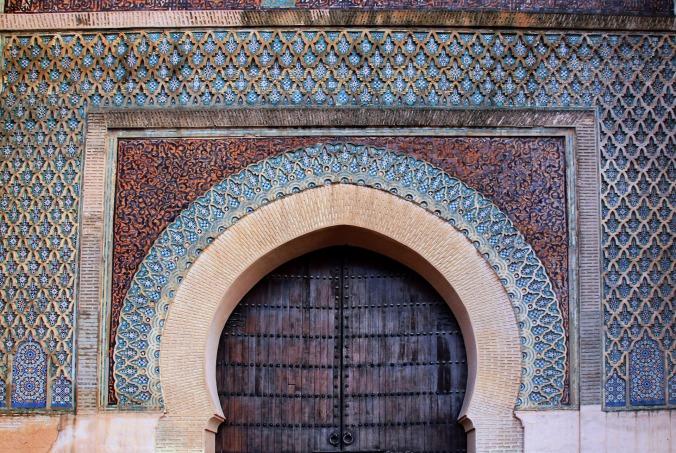 portal-2414311_1920